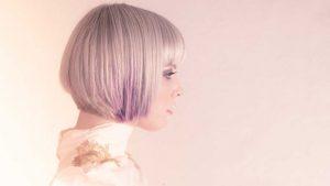 Tóc nhuộm tím vanila lilac.. Ảnh: L'Oréal Paris.