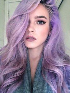 Tóc nhuôm màu tím Lilac thời thượng là lựa chọn lý tưởng cho những nàng thích nhuộm tone tím nhưng sợ bị ngã àng khi phai màu.